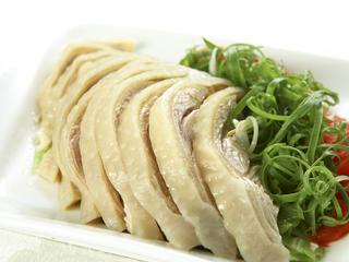 高雄【茶苑-寒軒國際大飯店(2F)】平假日午晚餐雙人券(主菜+自助餐點沙拉吧)