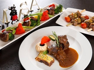 台北【MVSA西班牙酒莊餐廳】歡慶謝師宴經典分享餐 (12人適用)