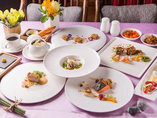 台中【中山招待所】VIP 滿額贈晚餐優惠券 $18,800 可抵 $20,680 (適用於 10 人)