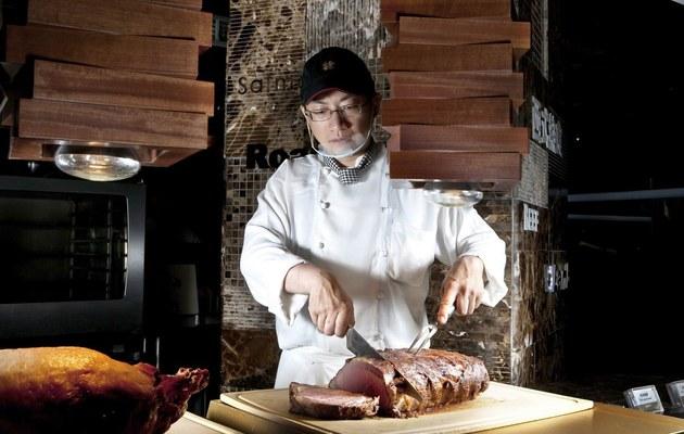台中廣三Sogo【漢來海港自助餐廳】平日晚餐(假日補差價55元可使用)